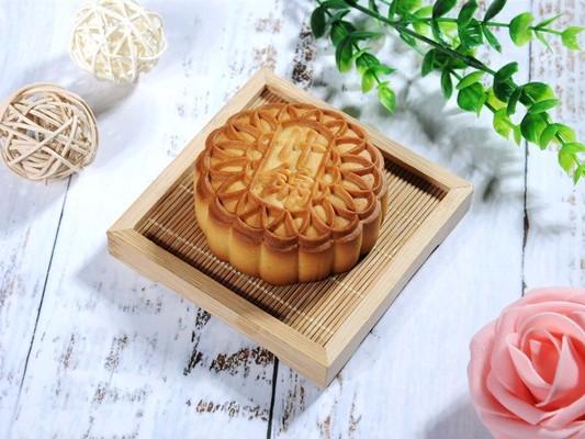 蓝白月饼生产厂教你月饼的保存方法